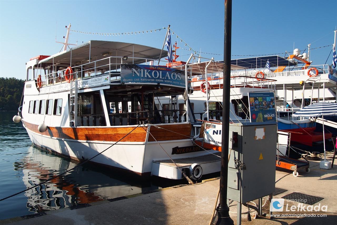 Nidri daily cruises