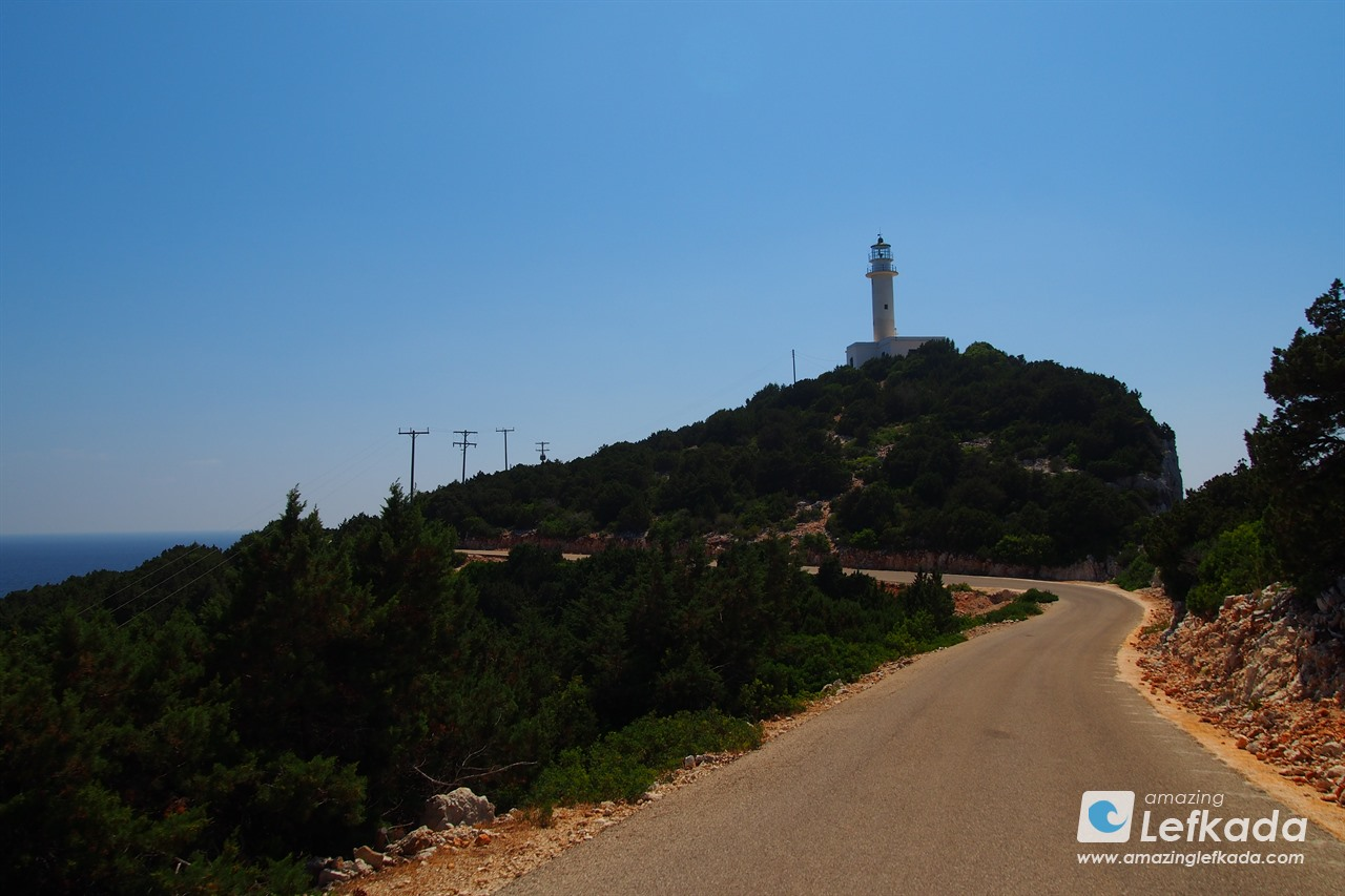 Travel to the lighthouse of Lefkada