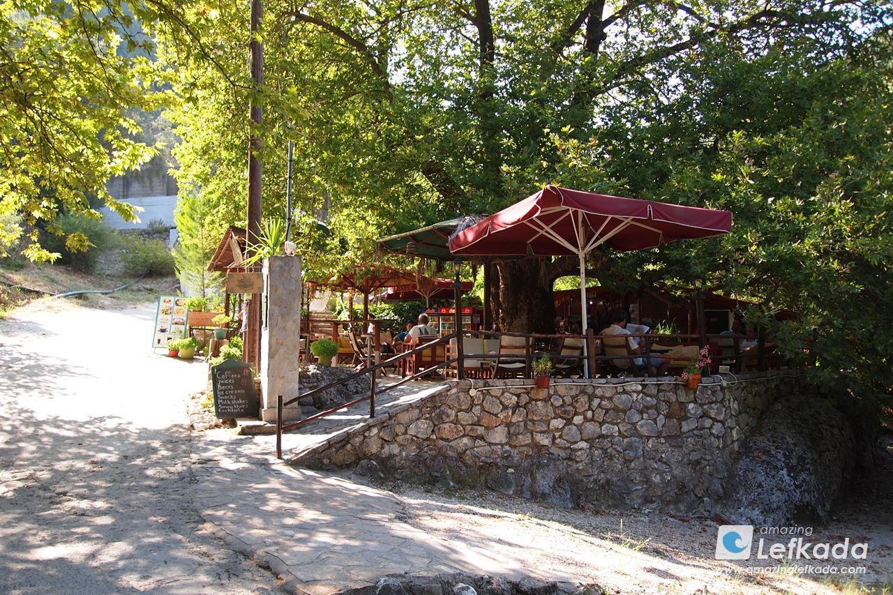Dimosari tavern
