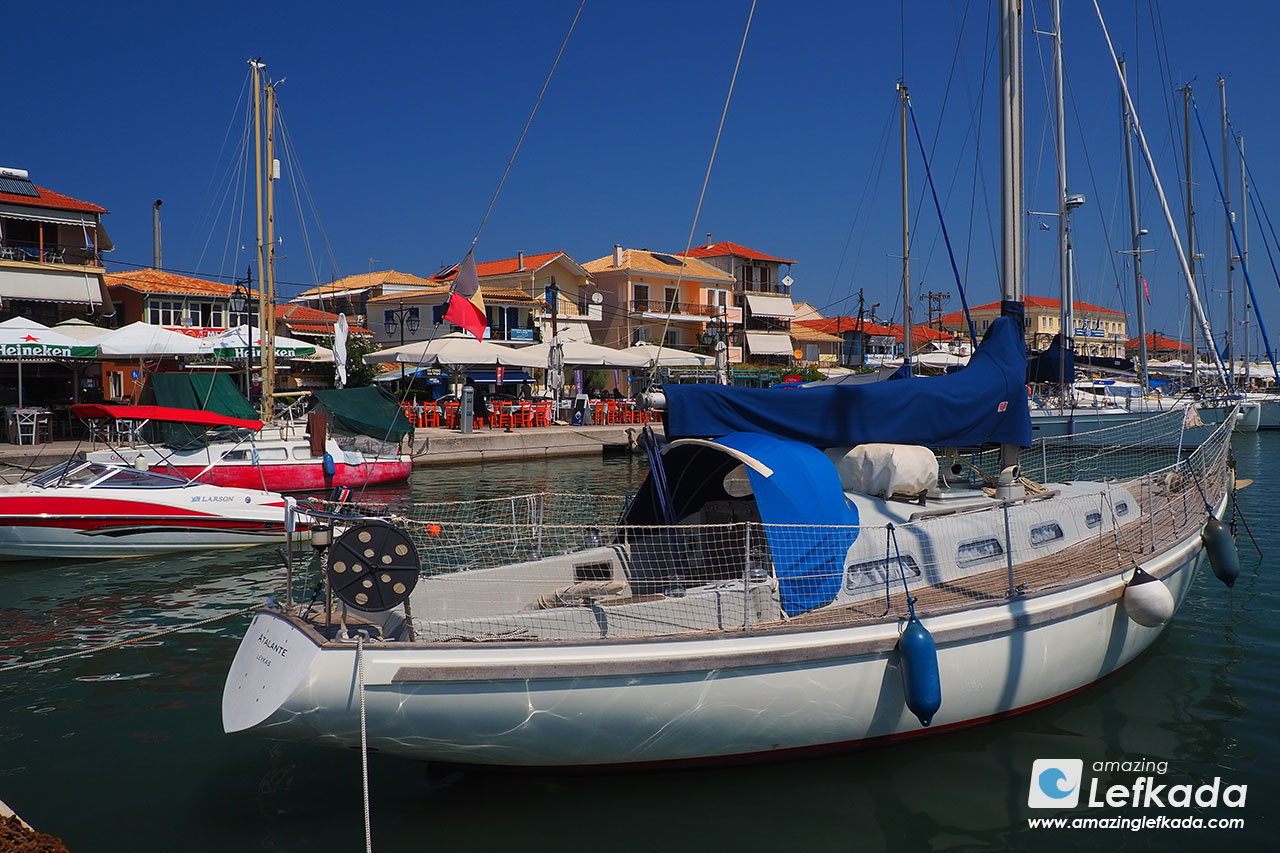 Port of Lefkada town