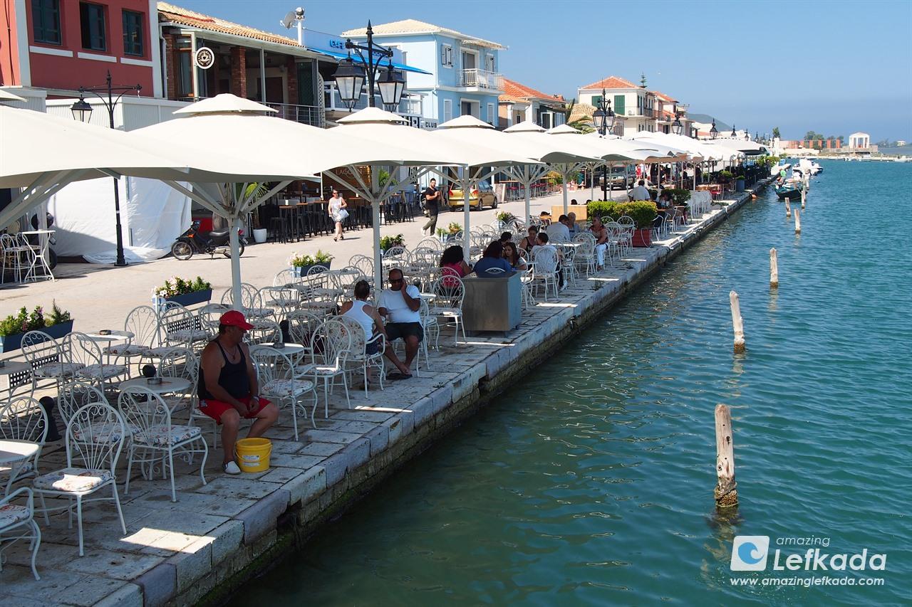 Lefkada town bars