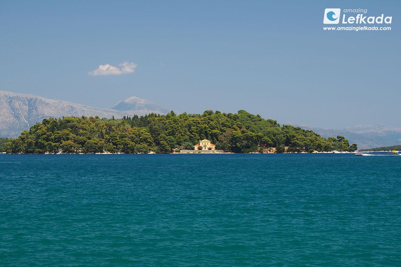 Madouri island, Lefkada, Nidri