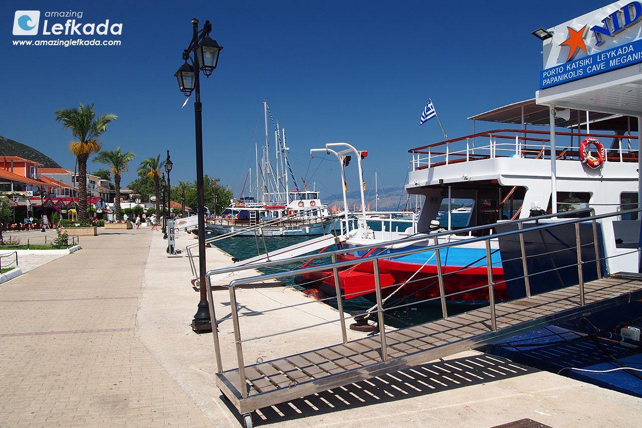 Lefkada boat cruises
