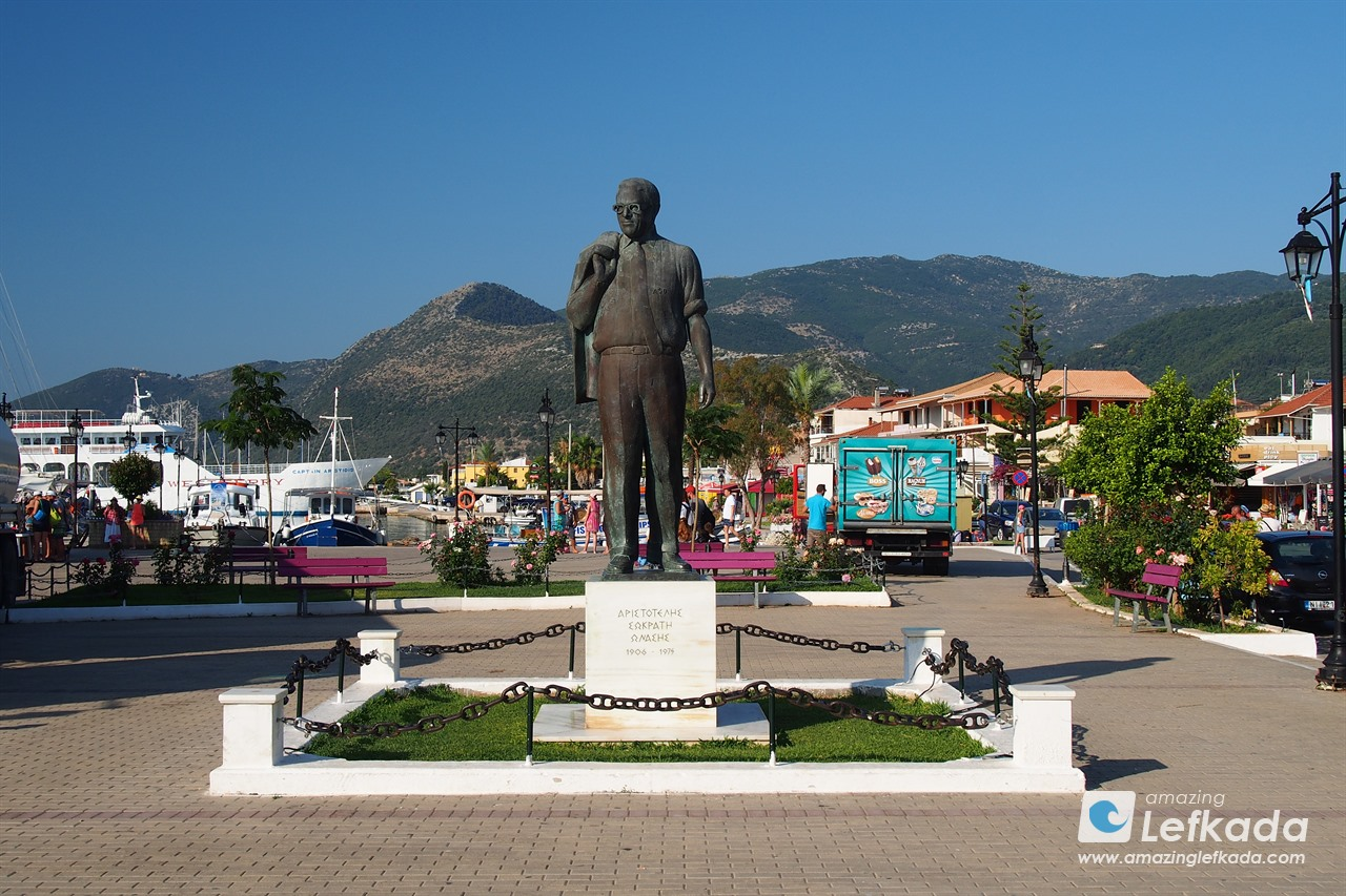 Onassis statue in Nidri
