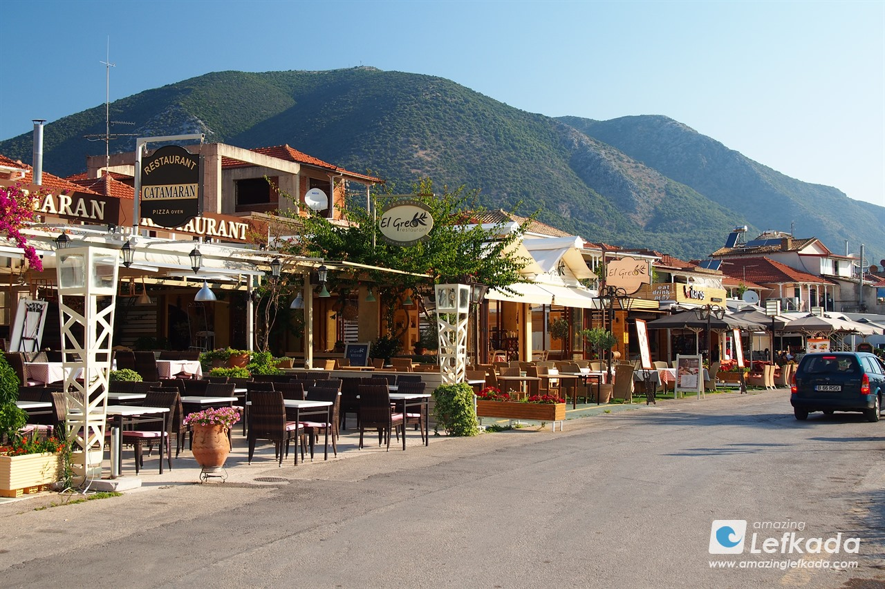 Restaurants and taverns in Nidri village