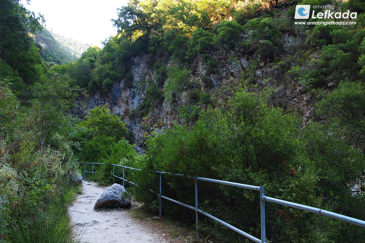 Path to the waterfall of Lefkada